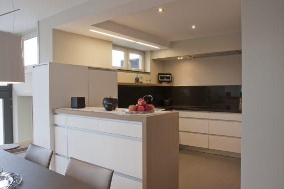 klassevol licht interieur voor keuken in woning in tessenderlo