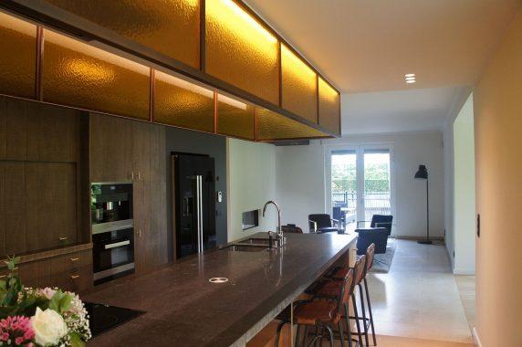 stijlvol donker interieur voor keuken in wilsele