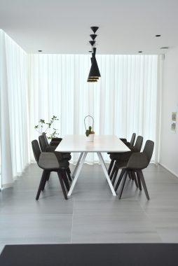licht interieur voor de eetkamer in een woning maaseik