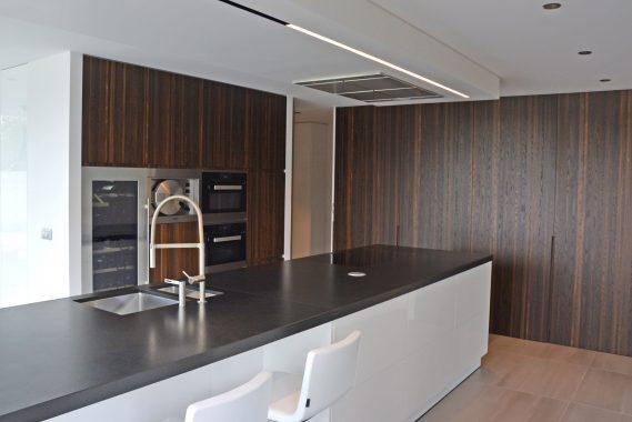 hout interieur voor de keuken van een woning in maaseik